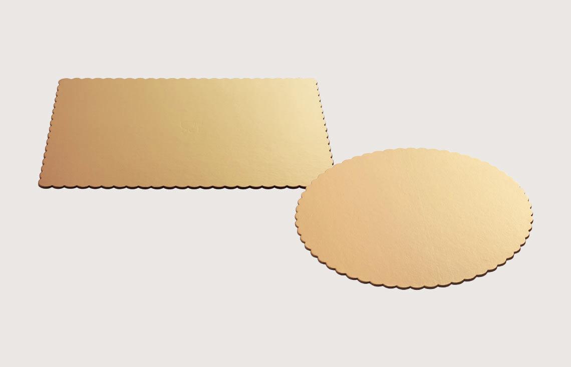 Round and rectangular cake boards –scalloped edged Ala boards and oversized boards - Artigian Carta